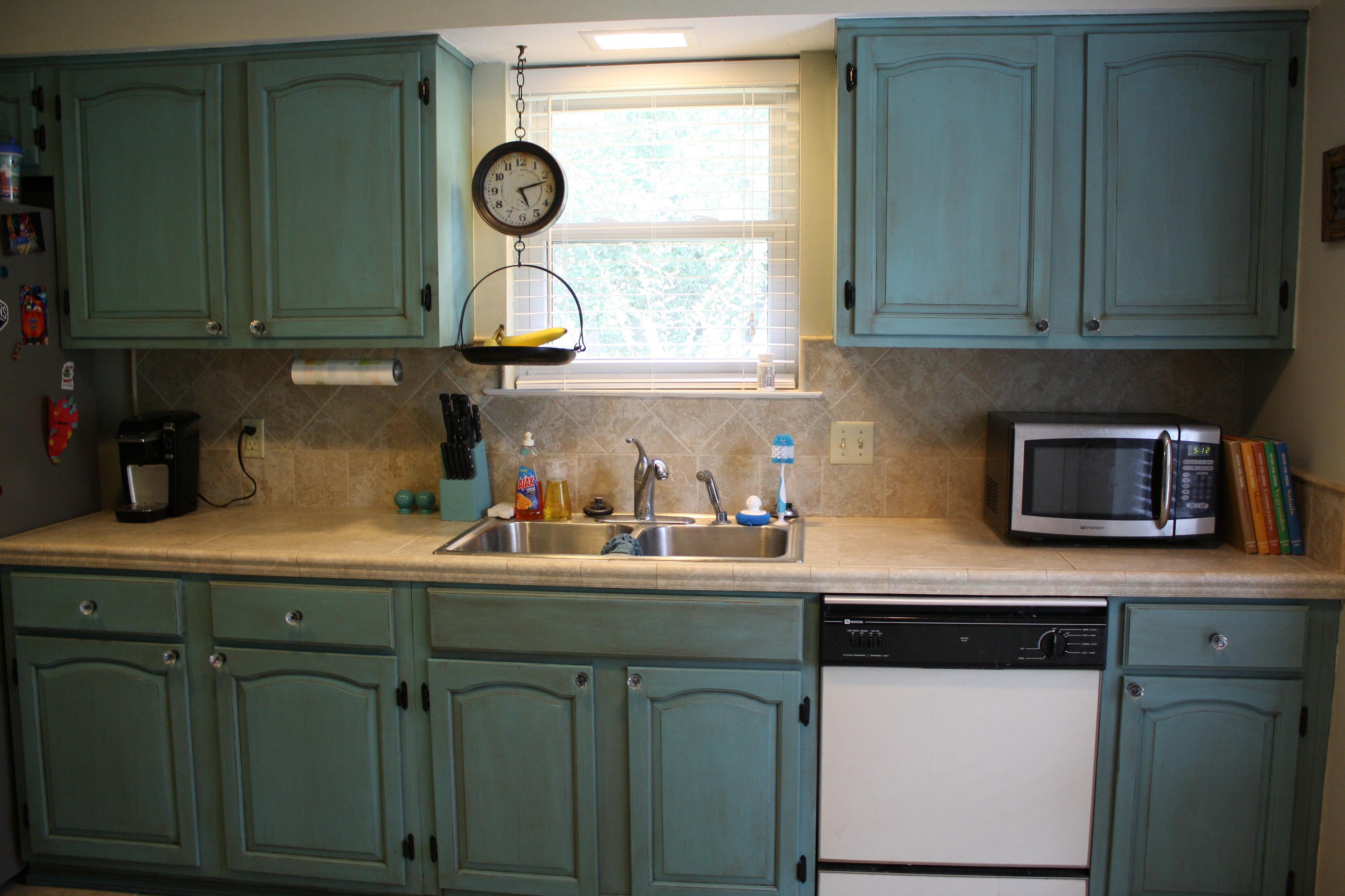 Painting Kitchen Cabinets With Annie Sloan Chalk Paint Northshore Parent