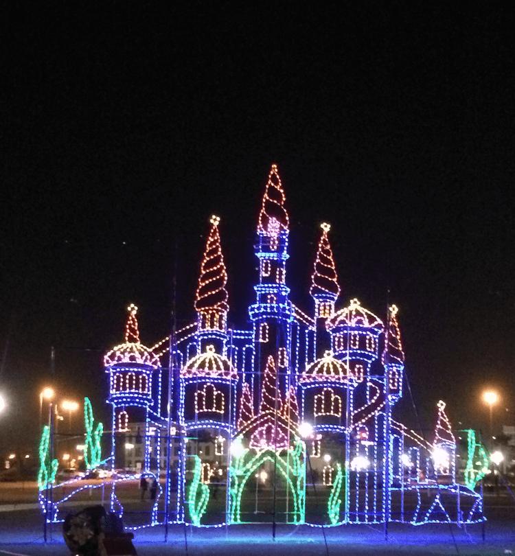 gulfport-christmas-lights