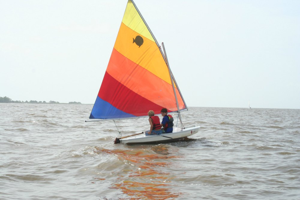 Learn to Sail at Pontchartrain Yacht Club {Camp Sponsor Spotlight}