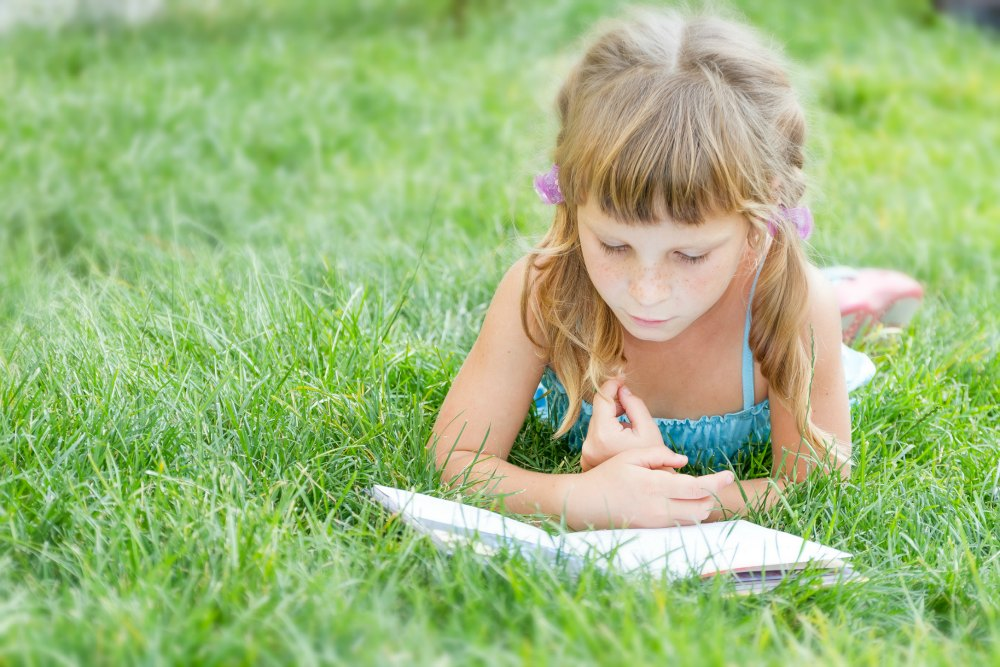 Six Tips to Encourage Summer Reading