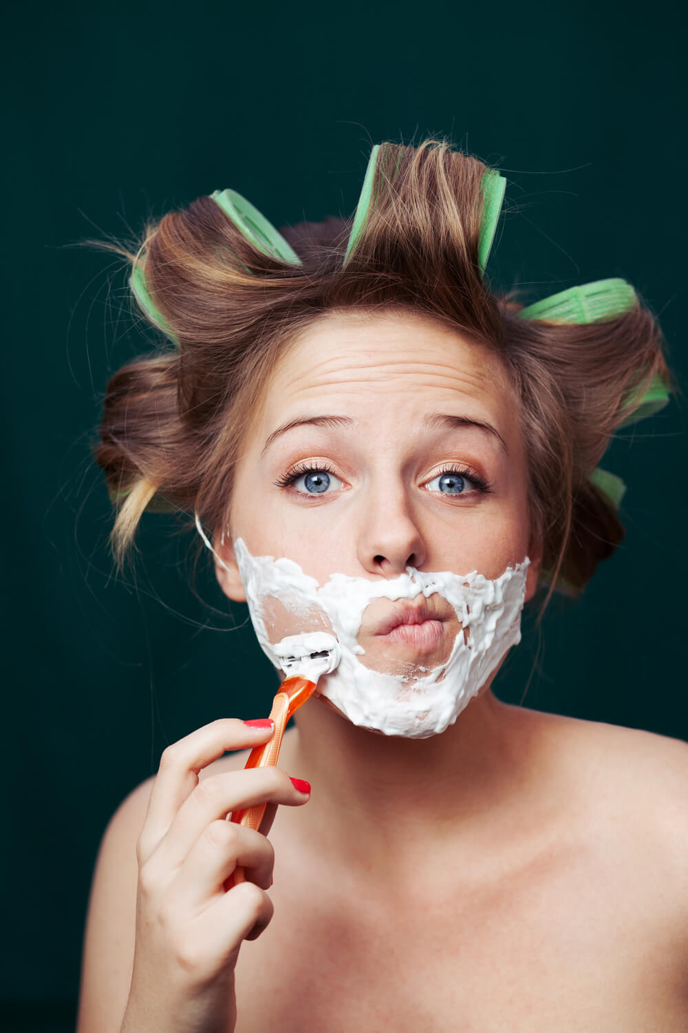 Here's What Happens When You Shave Your Face and You're a Woman