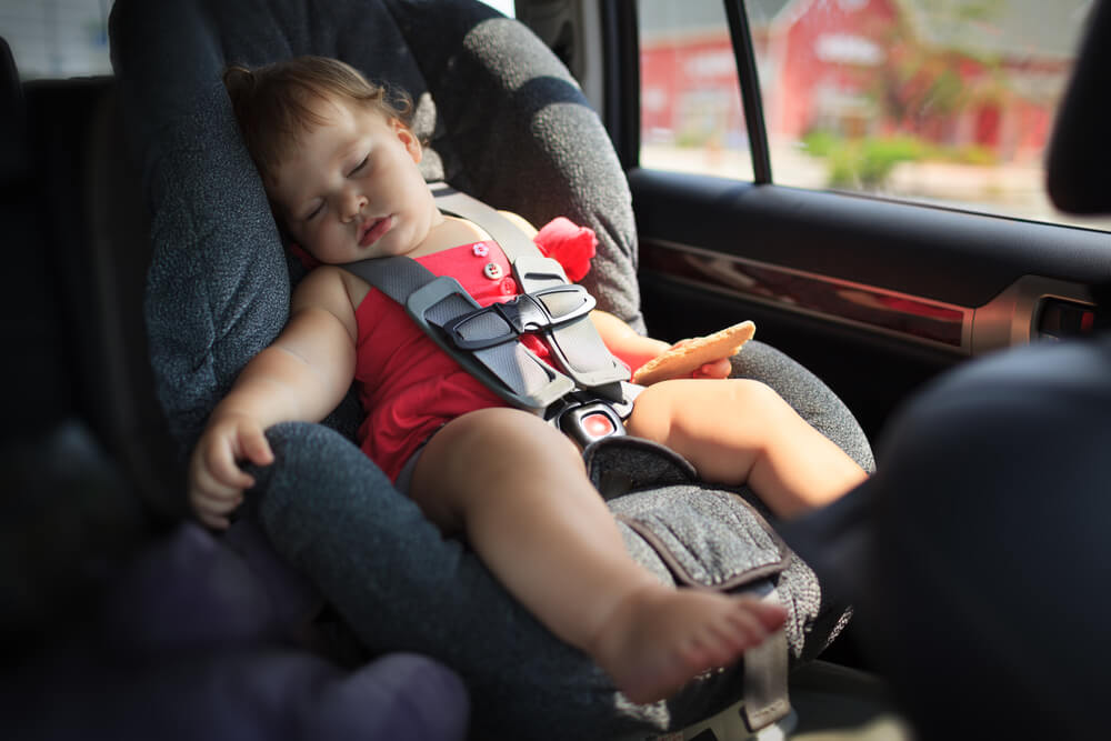 {One Mom's Opinion} Putting Your Phone in the Backseat Doesn't Make You a Bad Mom